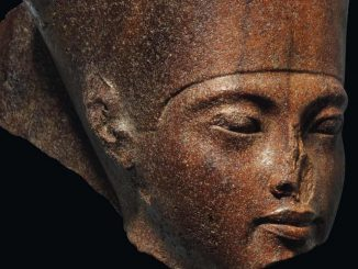 Egypt stop sale of Tutankhamun statue